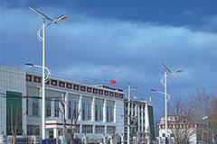 太阳能路灯的承受迎风压强是多少_建材新闻