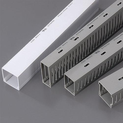 多功能线槽加工装置及加工方法